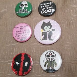 Hot Topic Fan Pins